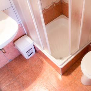 Saját fürdőszoba